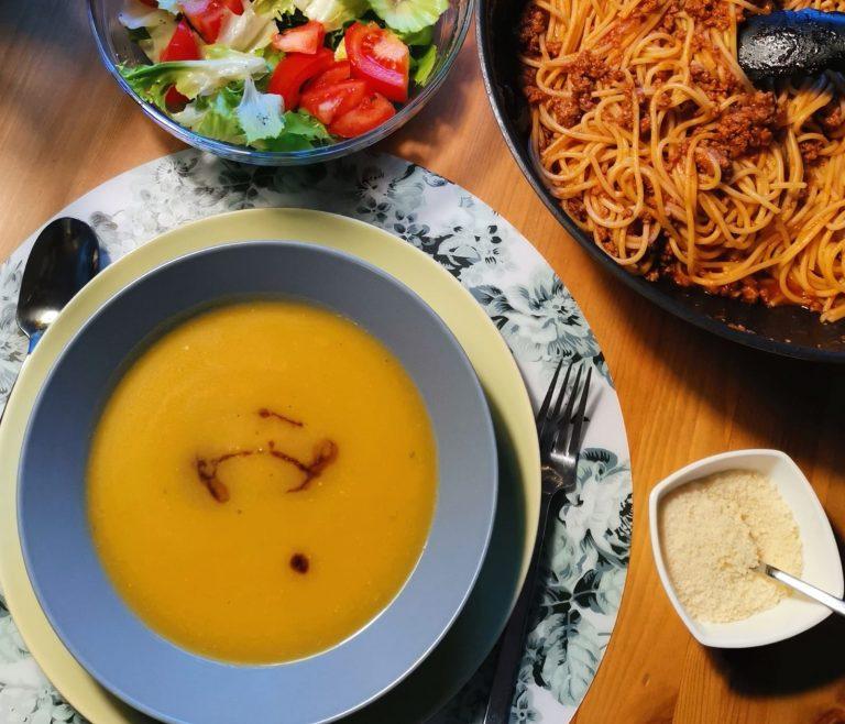 Jednostavna juha od buče