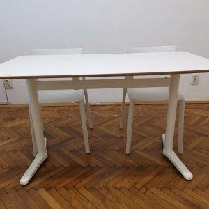 bijeli radni stol iz ikee